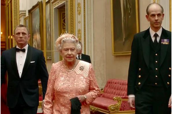 倫敦奧運占士邦入場片秘辛:導演本來問皇室借白金漢宮拍攝 點知事頭婆答佢 自己玩埋一份得唔得