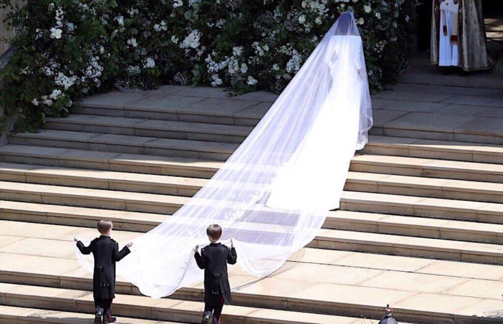 皇室大婚婚紗最高機密 直到揭曉一刻 設計師老公都唔知老婆係設計師