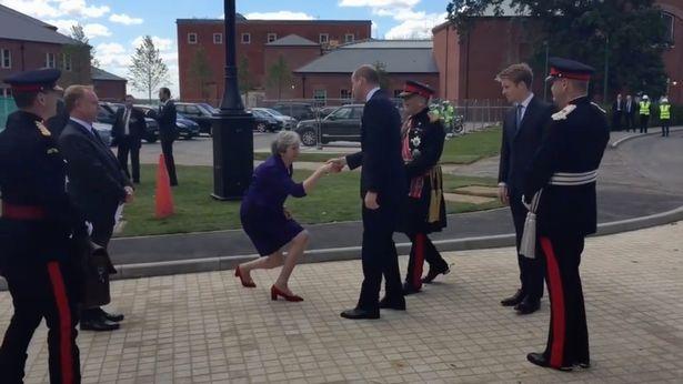 文翠珊對威廉王子「卑躬屈膝」 惹網路瘋狂恥笑