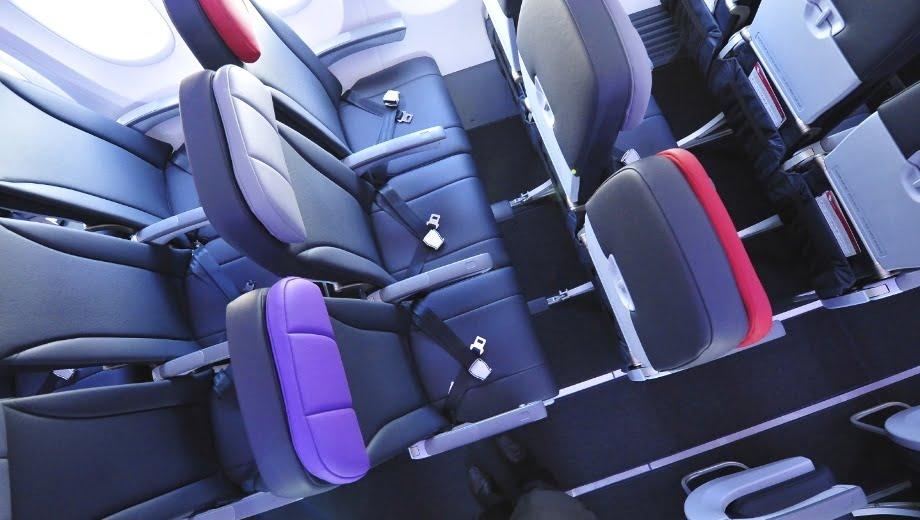 美國國會計畫監管航空公司 禁止「不人道」Legroom 以及座位寬度