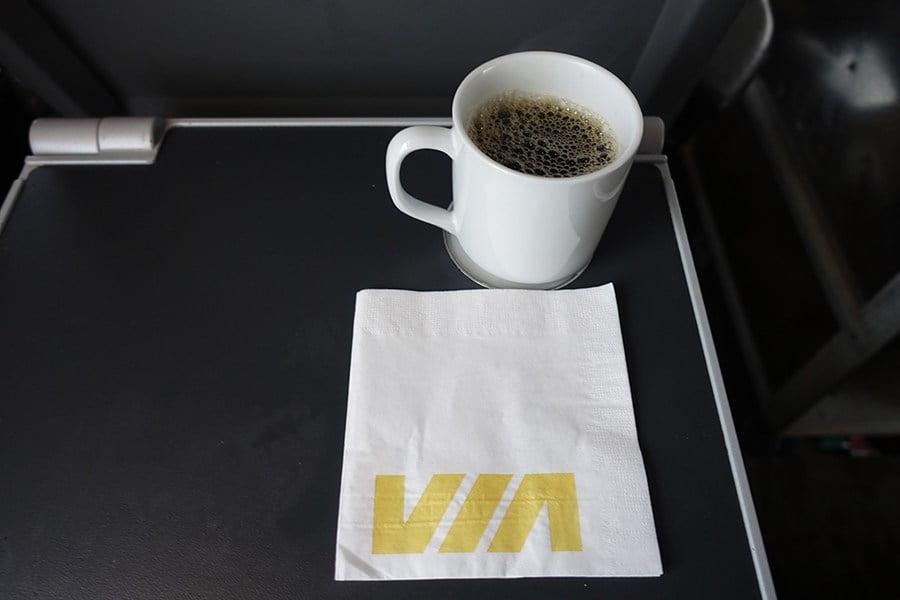 英國鐵再國有化後服務堪輿 職員唔可以倒茶落mug盃 仲只能提供凍三文治?