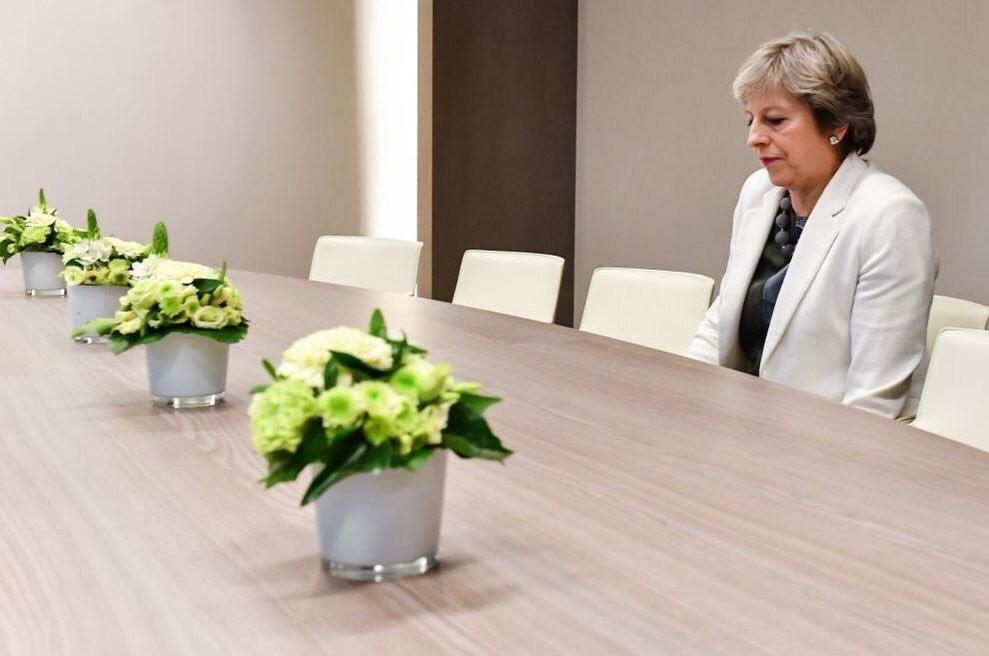 文翠珊參與歐盟峰會 被27國領袖send去隔離房食獨自晚餐 聽候發落