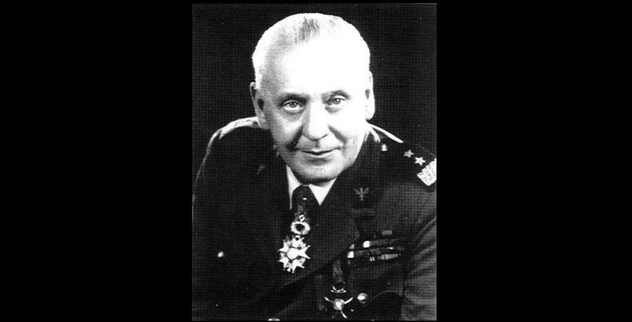曾被軍方拒絕提供退休金 蘇格蘭終於為黎自波蘭嘅傳奇「護國」將軍立像