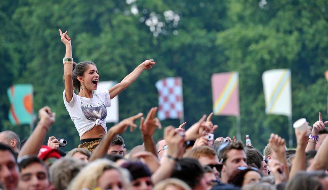 倫敦地方議會禁止搖滾音樂會爆粗同歌手衣著暴露?