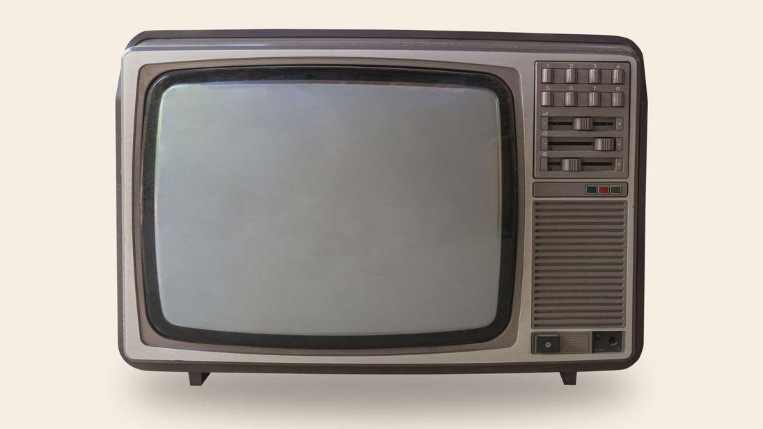 英國仲有7000幾人睇緊黑白電視