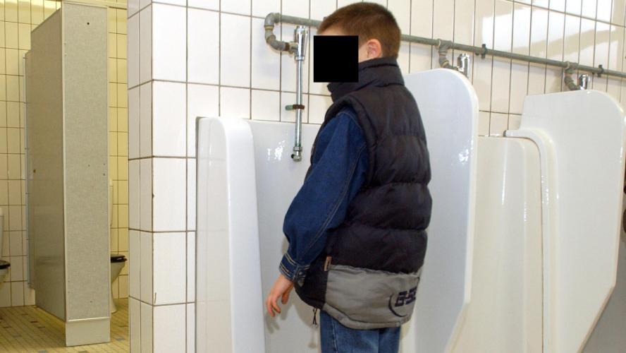 比利時小學管理學生去太多次廁所 每週只發出3張廁所券惹公眾譁然