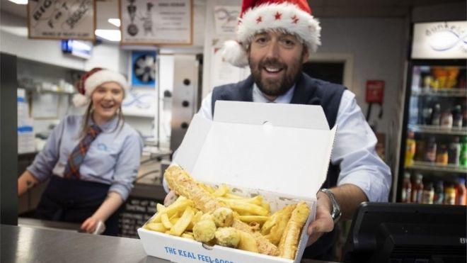 蘇格蘭好鍾意炸物 聖誕都有極邪惡10鎊聖誕炸物盒
