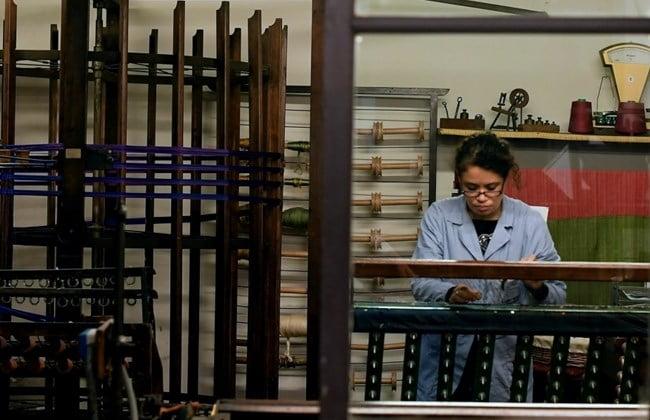 義大利布廠依然使用達文西機器織布