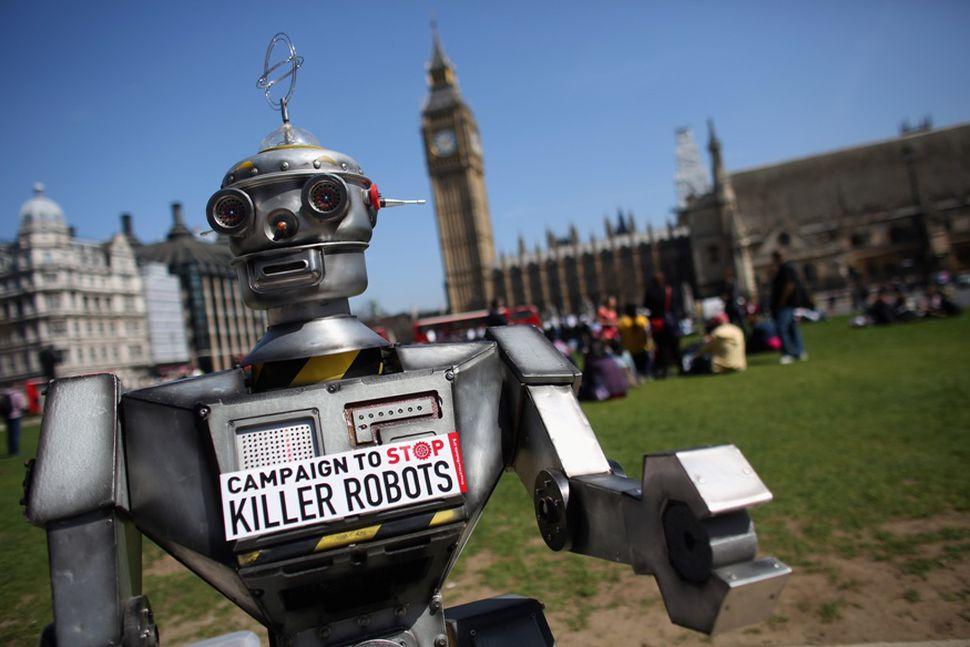 諾貝爾得獎組織 要求各國訂立禁止自動殺戮機械人嘅條約