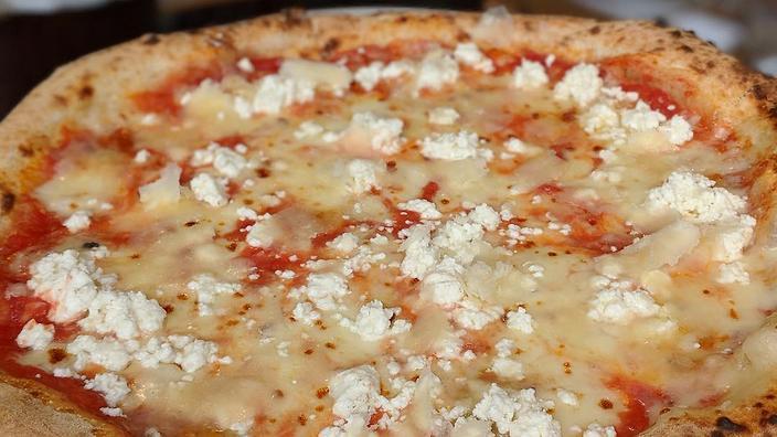 澳洲廚打破世界最多種類芝士pizza 紀錄?