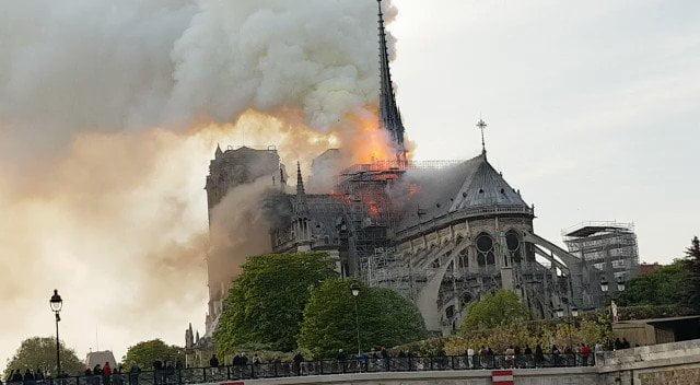 專家表示:巴黎聖母院復修需要40-50年