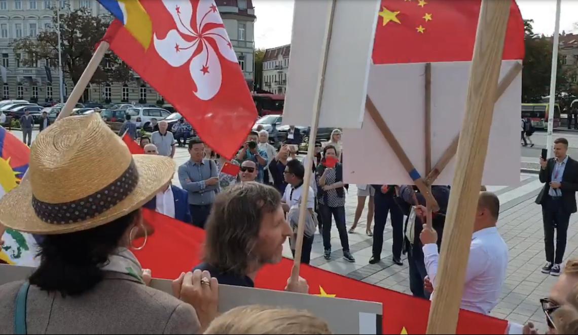 立陶宛傳召大使抗議瓷國係當地組織滋擾撐港示威 契丹使團表示係「抹黑中央」
