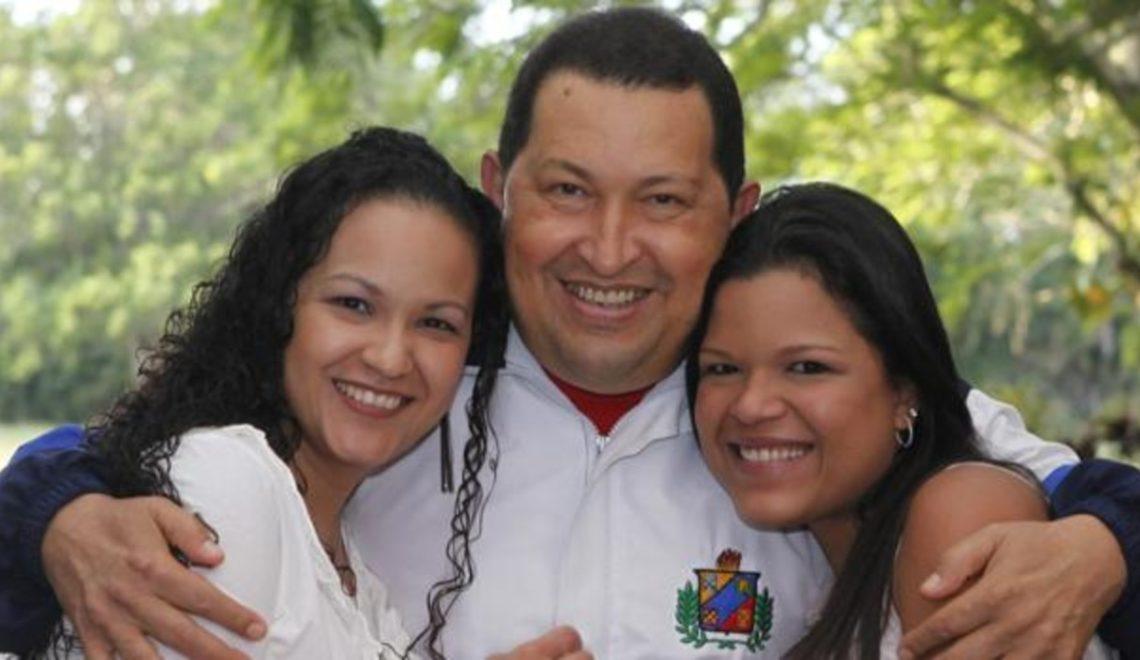 委內瑞拉通脹連天 查維斯嘅女係紐約瘋狂碌卡