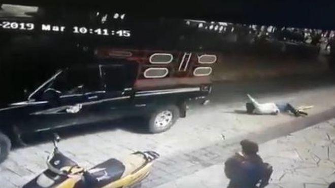 墨西哥市長走數 被農民綁係貨車後遊街示眾私鳥