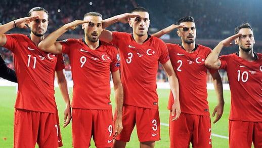 突厥民族主義上腦 國家足球隊 移民比利時細路都要敬軍禮?