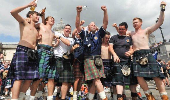 專家表示 足球應該係蘇格蘭發明?