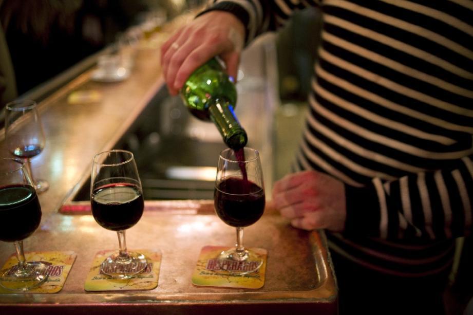 法國星級大廚減價 希望食家一樽樽咁飲酒