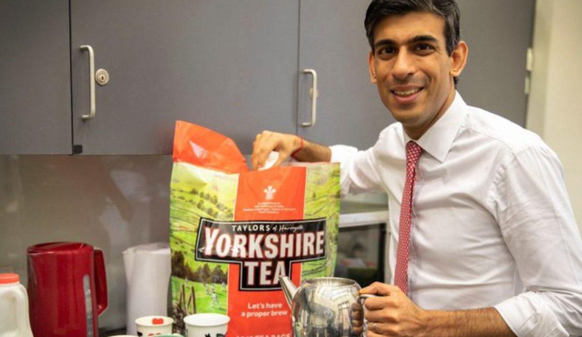 新財相留影 導致英國茶被杯葛?