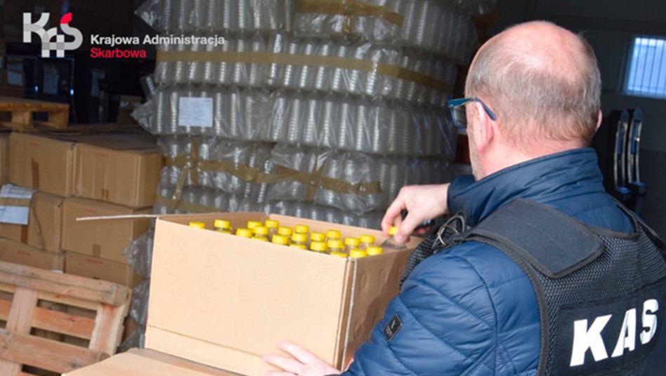 波蘭政府用充公伏特加做消毒液