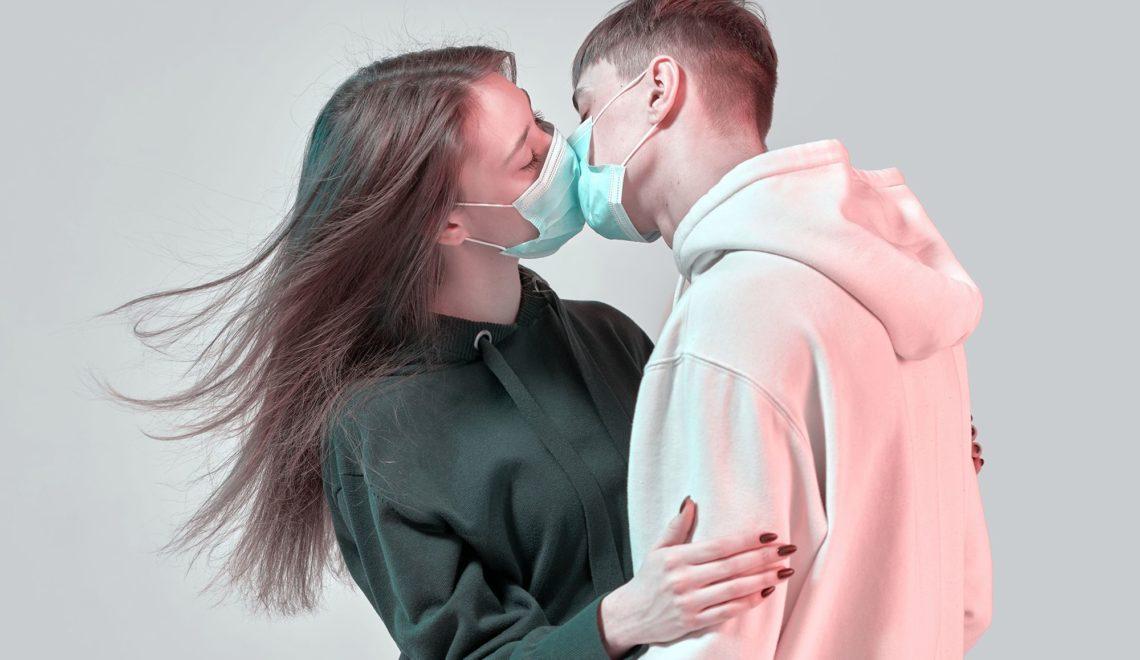 哈佛醫生建議 可以性愛 但要戴口罩