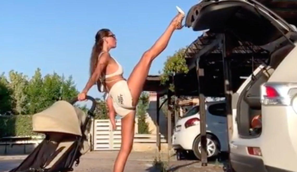 露西亞model 絕技 點都可以用腳閂門