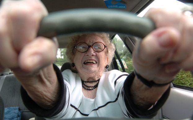 比利時發現43年無駕駛執照老婦