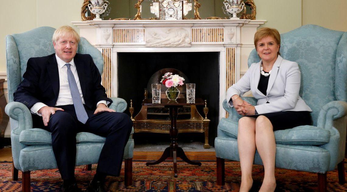 高文浩建議施雅晴定期出席內閣會議 但被Boris否決