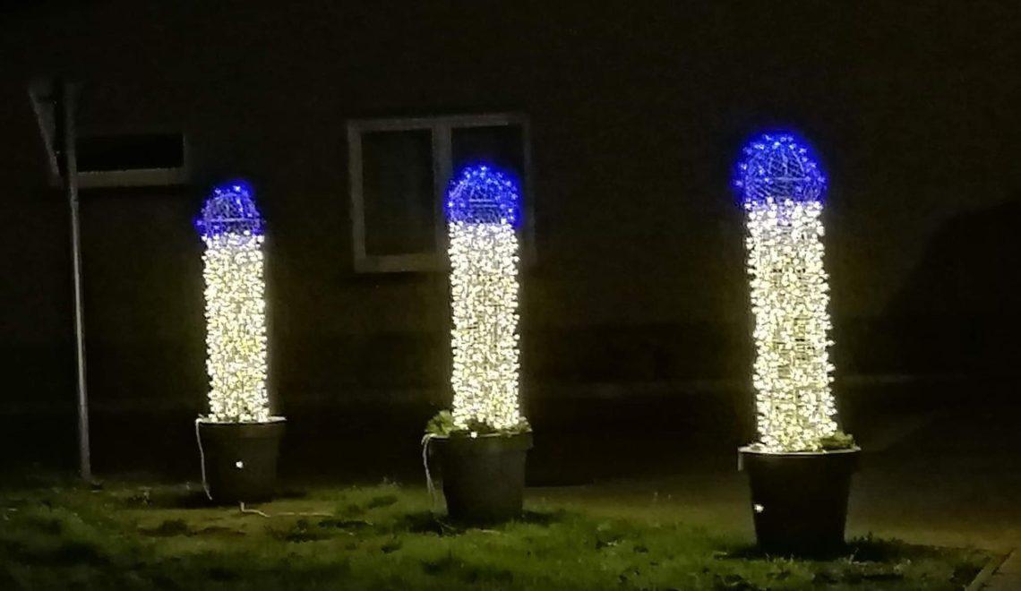 比利時聖誕燈飾如JJ 市長要求包容下