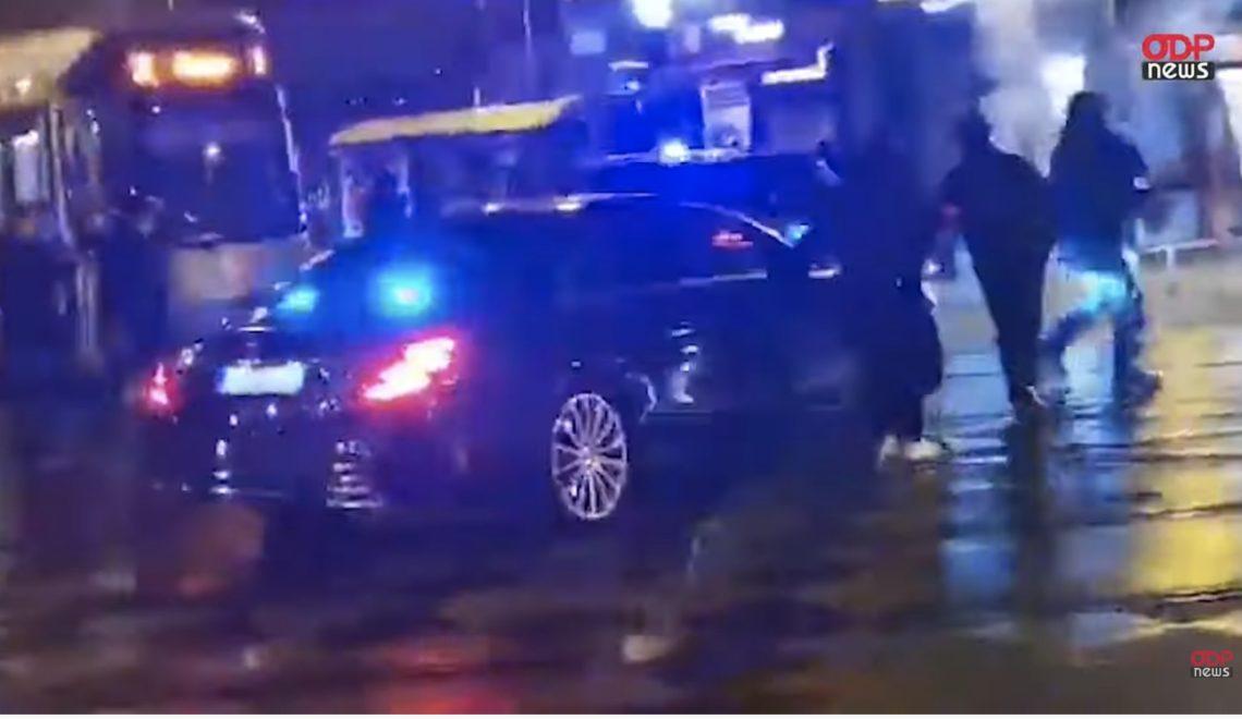 比利時國王座駕被迫穿越示威區 幾乎被市民破門而入