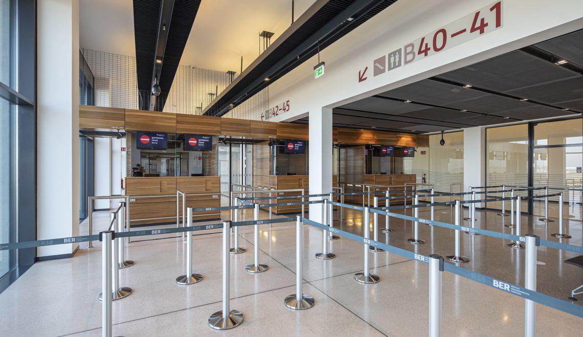 柏林新機場問題多多 保安櫃檯漏電 多人病假?
