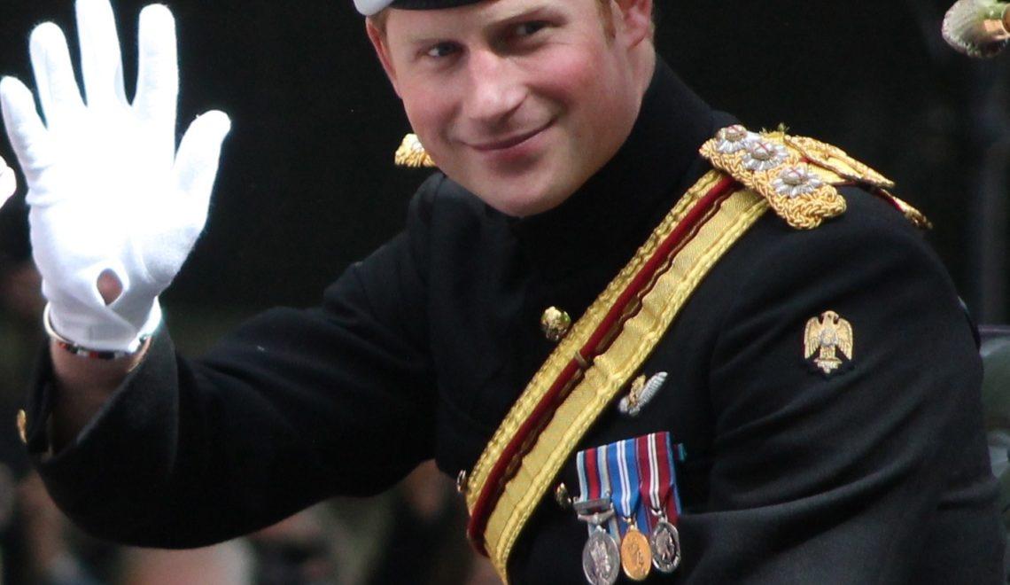 事頭婆出手 菲臘親王大喪 皇室皆不穿軍服