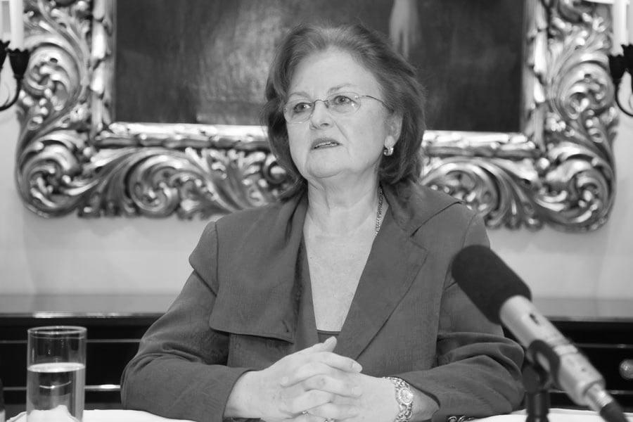 【突發】斯洛伐克著名女高音葛貝洛娃病逝